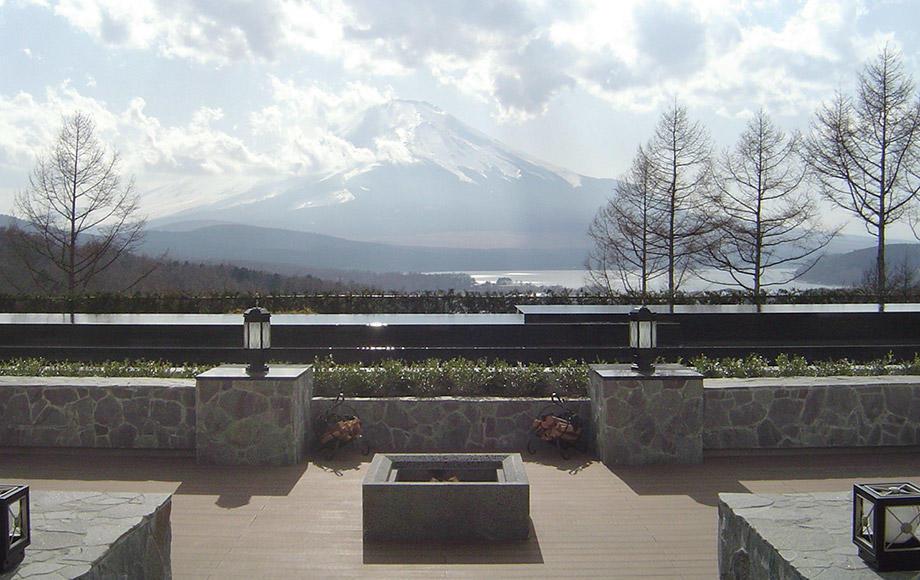 2009パブリック優秀賞_エクシブ山中湖01.jpg